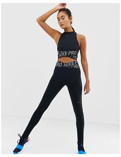 Women's Gym Clothes   Gym Wear, Outfits & Gym Sets   ASOS #nike #women #outfits #gym #nikewomenoutfitsgym Nike Outfits, Outfits Leggins, Sport Outfits, Fashion Outfits, Fitness Outfits, Nike Pro Outfit, High Waisted Gym Leggings, Looks Academia, Leggings Negros