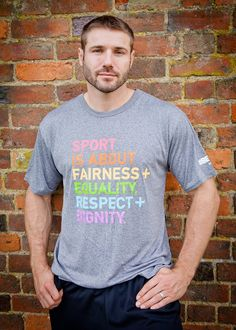 StandUp Item of the Week: Sport is about fairness + Equality, Respect + Dignity. Spread the word with this great Nike dry-fit t-shirt. It's comfortable and cool, which makes it great for working out or running errands. #StandUp #BeTrue http://www.worldrugbyshop.com/63835.html