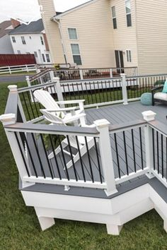 Composite deck railing can help extend the life of decks and deck railings, making them both easy-on-the-eyes as well as easy on upkeep. When compared to wood railings, composite deck railings are incredibly low-maintenance. Deck Railing Kits, Composite Deck Railing, Deck Railing Design, Patio Deck Designs, Outdoor Fireplace Designs, Deck Stairs, Deck Railings, Railing Ideas, Painted Wood Deck