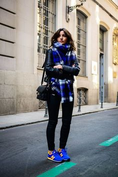 Leather motorcycle jacket, gym tights, bright blue sneakers and matching voluminous tartan scarf. Gym wear street style. | Active | Workout | Athleisure | Sports Luxe | Casual | Outfit | Look | Style | Fashion | Gym tights | Leggings | Sneakers | Runners  |