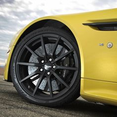 Genuine Aston Martin V Vantage Wheels From Scuderia Car Parts - Aston martin parts online