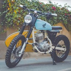 "From Dubai to CRN this ""Beach Scrambler"" Honda ""The Turtle Chaser"". From Dubai to CRN this ""Beach Scrambler"" Honda ""The Turtle Chaser"" by / What do you guys think?… From Dubai to. Honda 125, Suzuki Cafe Racer, Cafe Racer Bikes, Honda Scrambler, Cafe Racer Motorcycle, Tracker Motorcycle, Moto Bike, Yamaha Bikes, Honda Motorcycles"