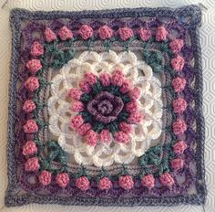 Eve's Coverlet ~ free pattern ~ color inspiration ༺✿ƬⱤღ✿༻