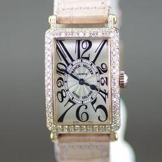 【中古】FRANCK MULLER(フランクミュラー) 902 ロングアイランド ダイヤベゼル アフターダイヤ クオーツ K18PG クロコ レディース ホワイト文字盤時計/ロングアイランドシリーズの一つ、レリーフ(浮き彫り)はその名の通り、立体的なインデックスが施されたモデルです。/新品同様・極美品・美品の中古ブランド時計を格安で提供いたします。
