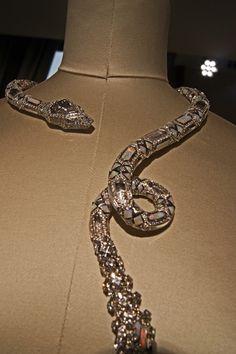 Snake Necklace, Snake Jewelry, Ring Necklace, Diamond Jewelry, Jewelry Bracelets, Jewelery, Fine Jewelry, Necklaces, Jewelry Accessories