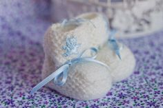 Baby Wool Boots - White and Baby Blue  https://www.facebook.com/flocosdela