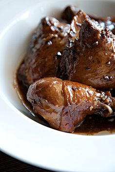 Chicken adobo, perfect for a rainy day... correction : EVERYDAY
