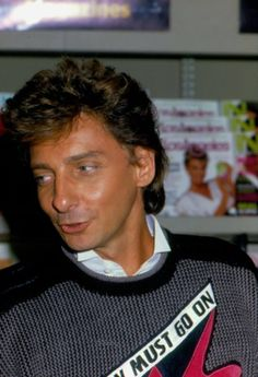 """Barry Manilow attends the launch of his book """"Sweet Life : Adventures on the way to Paradise"""" . New York . Barry Manilow, Music Icon, Sweet Life, Take That, Celebrities, Magic, Singers, Paradise, October"""