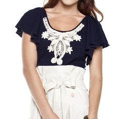 navy lace top <3