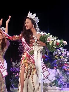 Sharr Htut Eaindra Crowned Miss Universe Myanmar 2014 - Beauty Pageant News Miss Universe 2014, Beauty Pageant, Crown, News, Fashion, Moda, Corona, Fashion Styles, Pageants
