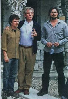 Behind the Scenes: Elijah, Ian, & Karl this is an olllld picture! They all look so young! Even Ian!