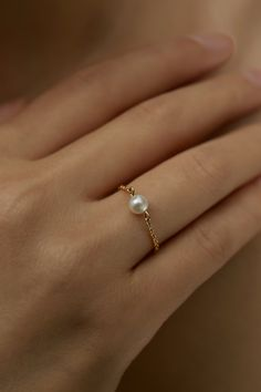 Moissanite engagement ring white Gold engagement ring Vintage Diamond wedding women Simple Antique bridal Flower Anniversary gift for her - Fine Jewelry Ideas Pearl Jewelry, Jewelry Rings, Jewelery, Jewelry Accessories, Pearl Necklaces, Gold Jewelry, Pearl Bracelets, Turquoise Jewelry, Indian Jewelry