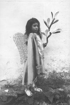 Angelito Mexicano (Mexican Cherub), by Graciela Iturbide, 1984.