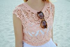How to Wear the Crochet Trend via @Lauren Dailey-Conrad.com #ourskinnystyle #crochet #beachy