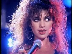Susanna Hoffs came to UC Berkeley with the goal of becoming a professional dancer, but exposure to punk rock music led to her decision to instead pursue a career as a musician. Description from dailycal.org. I searched for this on bing.com/images