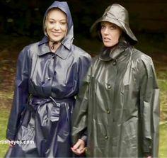 Mackintosh Raincoat, Rubber Raincoats, Rain Gear, Rainy Days, Hoods, What To Wear, Rain Jacket, Windbreaker, Women Wear