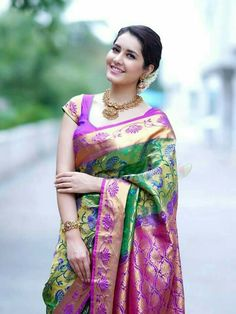 Raashi Khanna is an Indian actress, and model who predominantly works in the Tamil and Telugu language films. Ethno Style, Elegant Saree, Saree Look, Most Beautiful Indian Actress, Beautiful Ladies, Simply Beautiful, Saree Dress, Saree Blouse, Indian Beauty Saree