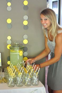 But with blue and  yellow ... or blue and grey I guess would work too - mason jars!!