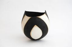 John Ward, Ceramic Artists, Carving, Pottery, Clay, Image, Ceramica, Clays, Wood Carvings