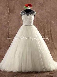 Svadobné šaty na sklade