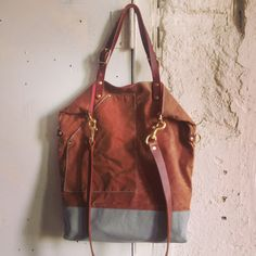 Utility tote. Waxed canvas and leather. Flux productions