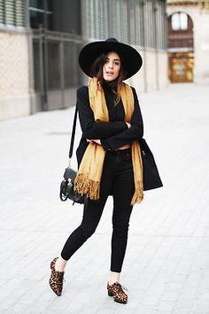 winter fashion jeans style street style outfit scarf print oxford moi Blazer