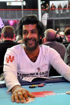 #WiPT - Vikash Dhorasoo était présent à l'étape parisienne du Winamax Poker Tour, pour le plus grand bonheur des fans du #PSG. #Winamax #poker