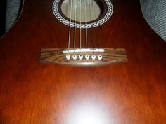#guitar CANADIAN MADE ART & LUTHERIE DREADNOUGHT GUITAR WITH GIG BAG please retweet