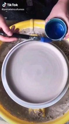 Glazes For Pottery, Pottery Mugs, Pottery Bowls, Pottery Art, Pottery Clay, Thrown Pottery, Slab Pottery, Pottery Studio, Ceramic Decor