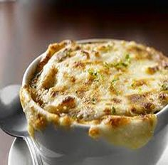 Applebee's Baked French Onion Soup With White Onion, Vegetable Oil, Water, Beef Broth, Ground Black Pepper, Hamburger Buns, Salt, Shredded Parmesan Cheese, Garlic Powder, Provolone Cheese