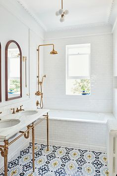 Custom Creation - A 1900s Park Slope Limestone That Perfectly Blends Traditional And Modern - Photos