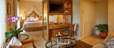 Discover one of best luxury hotel rooms & suites in Miami, Florida offering 5 star amenities including Golf, Spa, Cuisine, Pool, Meetings & Celebrations.