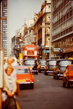 oh so vintage london <3 70s London, vintage photograph.