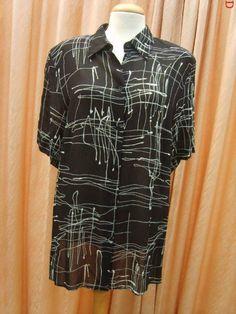 Zwarte gladde blouse maat 44 Prijs: € 9,50