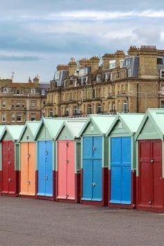 23 brilliant reasons to visit buzzing Brighton - Brighton pier, Brighton beach, the Lanes, North Laine, street art, coffee and more.. | Untold Morsels |