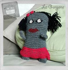 Lily, doudou pour grand tendre ou gentil petit en laine et feutrine par La Gorgone. : Autres par la-gorgone