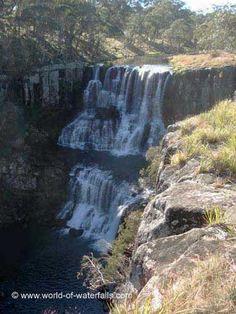 Ebor Falls (Guy Fawkes River National Park, New South Wales, Australia)