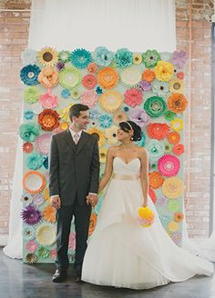 15 cool ways to rock paper flowers at your wedding 11 paper 15 cool ways to rock paper flowers at your wedding 7 paper flower mightylinksfo Gallery