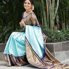 Karen Willis Holmes, Sonakshi Sinha, Look Fashion, Indian Fashion, Saree Fashion, Bollywood Fashion, Fashion Outfits, Hurley, Kora Silk Sarees