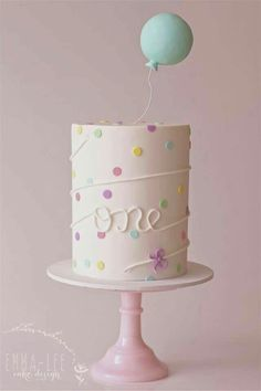 first birthday cake with balloon topper. - Fondant - first birthday cake-Erster Geburtstagskuchen 1st Birthday Cakes, 1st Birthday Girls, Birthday Parties, Birthday Ideas, Birthday Design, Baby Girl Birthday Cake, 1 Year Old Birthday Cake, Birthday Balloons, Cake For Baby Girl