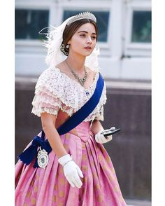 """@oswin_coleman on Instagram: """"Jenna Coleman as Queen Victoria, behind the scenes of filming The White Elephant (Victoria series 3 episode 8). #jennacoleman…"""""""