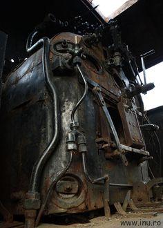 Steam engine by Inu Chivu