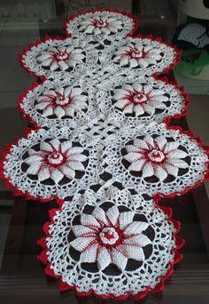 Crochet Doily Patterns, Crochet Doilies, Crochet Sunflower, Crochet Angels, Crochet Table Runner, Diy Home Crafts, Table Runners, Crochet Projects, Free Crochet