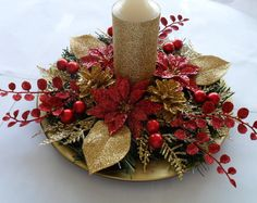 Christmas Centerpiece in Red and Gold / Red and Gold Christmas Centerpiece / Holiday Centerpiece / Christmas Centerpiece/ Centerpiece