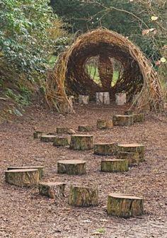 Elegant Play Garden Design Ideas For Natural Play Spaces, Outdoor Play Spaces, Kids Outdoor Play, Outdoor Learning, Outdoor Fun, Childrens Play Area Garden, Natural Outdoor Playground, Children Garden, Jardin Decor