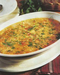 Sopa de Tomate com Ovos - https://www.receitassimples.pt/sopa-de-tomate-com-ovos/