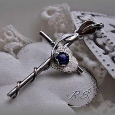 LATINSKÝ KŘÍŽ ... 40 mm... leštěná tmavší PATINA (s LAPISEM) Lapis Lazuli, Belly Button Rings, Personalized Items, Jewelry, Jewlery, Jewels, Jewerly, Jewelery, Belly Rings
