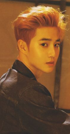 I think Suho really can pulled any hairstyles, but for me the shortcut is the best for him. Chanyeol Baekhyun, Park Chanyeol, Kai, Exo Ot12, Chanbaek, K Pop, Kim Joon Myeon, Kim Jong Dae, Exo Official