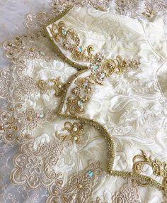 beautiful details on an aurora tutu Dance Recital Costumes, Tutu Costumes, Ballet Costumes, Tutu Ballet, Ballerina, Tutu Decorations, Ballet Russe, White Tutu, Ballet Fashion
