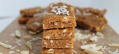 The Healthy Maven: Almond Apricot Bars Healthy School Snacks, Vegan Snacks, Vegan Desserts, Healthy Treats, Healthy Food, Healthy Eating, Vegan Energy Bars, Protein Bars, Slow Cooker Jerk Chicken